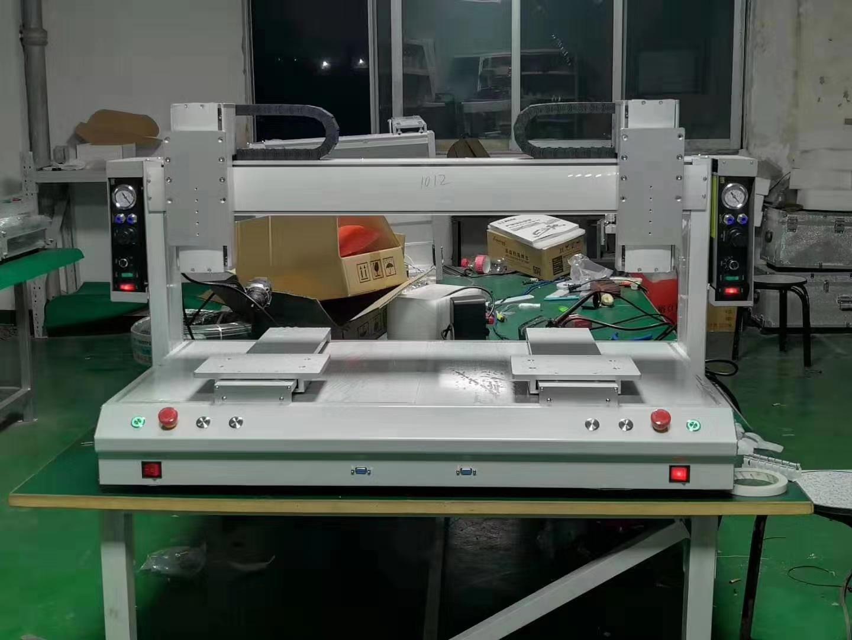 大台面双Y轴桌面式自动点胶机
