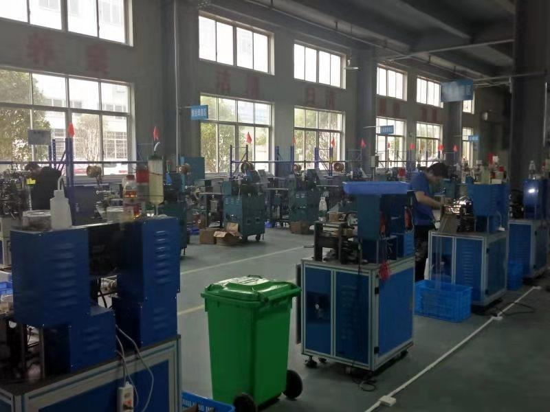 自動化生產設備