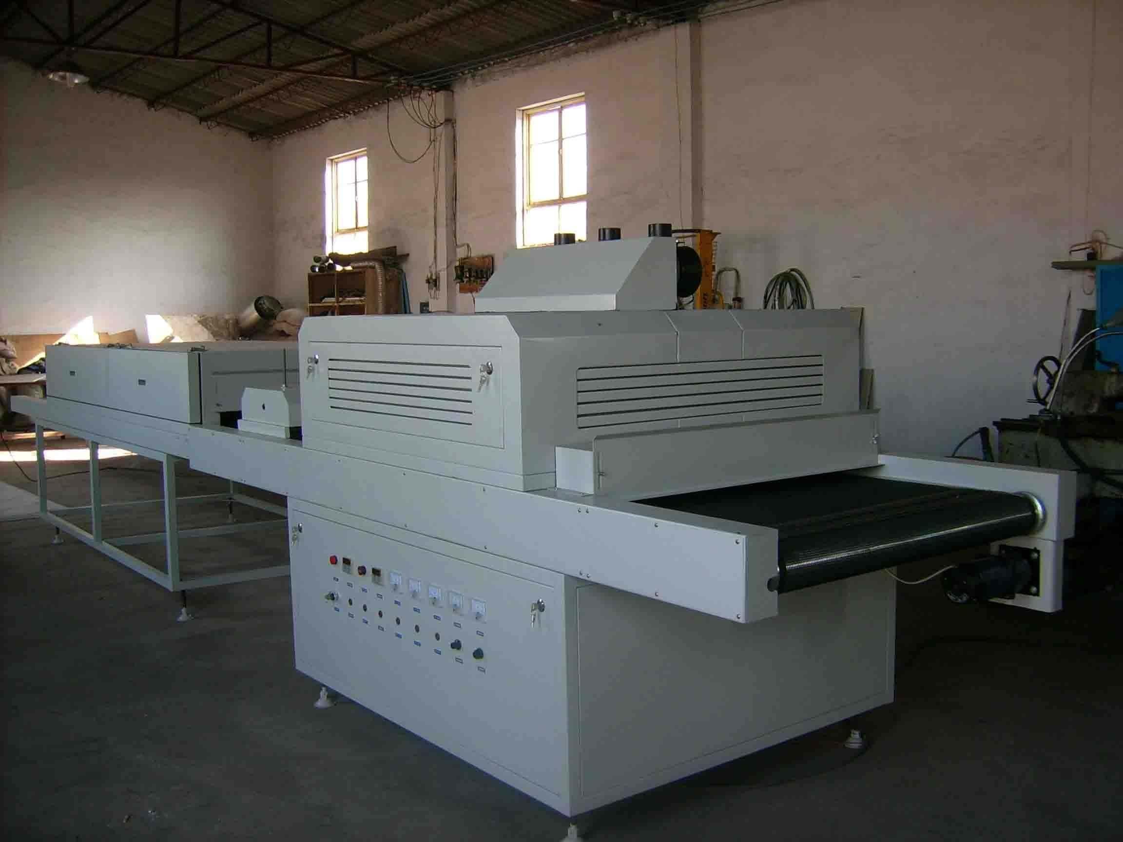 紫外线UV固化机设备厂家揭秘紫外线固化胶水应用知识