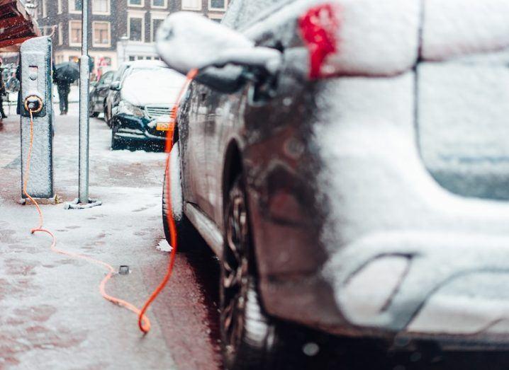 EV-charging-winter-718x523