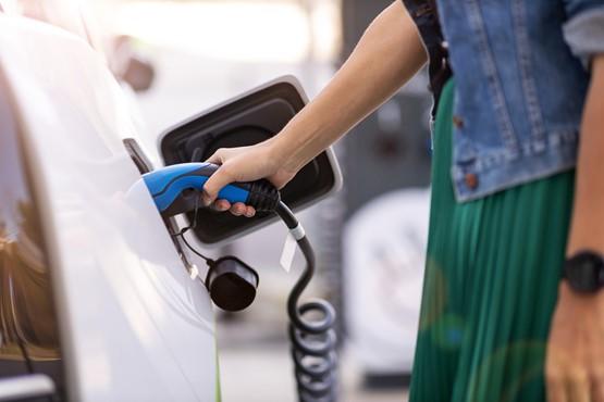 2021大预测:新能源汽车六大政策趋势