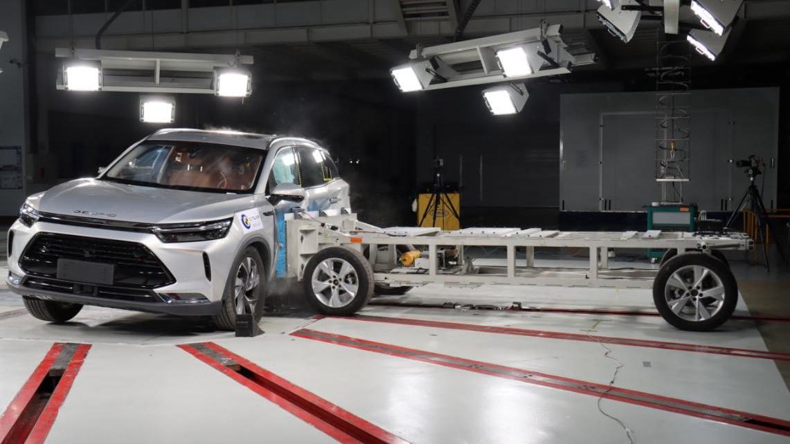 行稳致远 BEIJING-X7获C-NCAP五星安全认证
