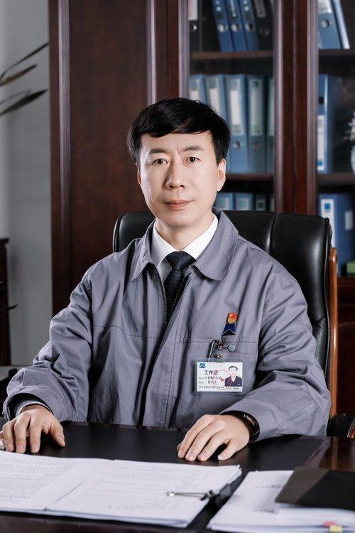 2 夏兴玉 副总经理 工会主席