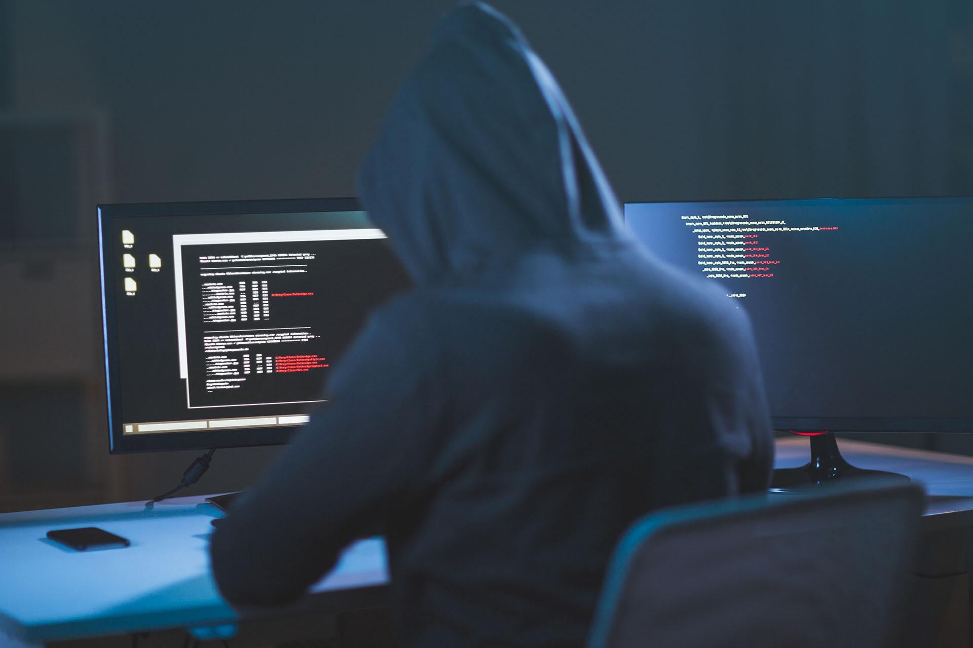 可对终端侧的安全威胁事前预防、事申防护及事后检测与晌应,并联动网络侧的安全防徊能力,为企业构建国网到端的全面闭环防护