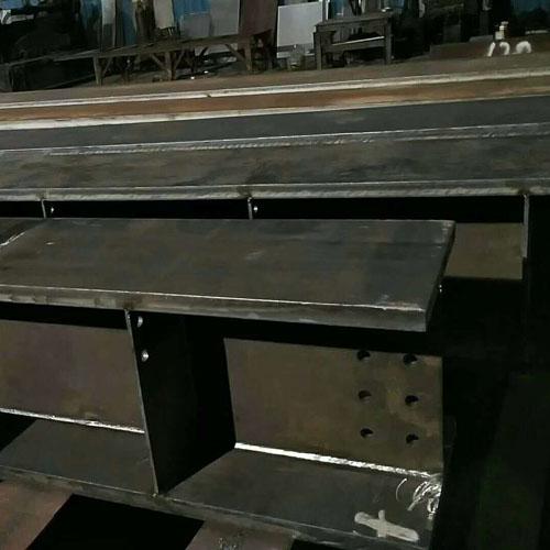 钢结构厂房钢梁