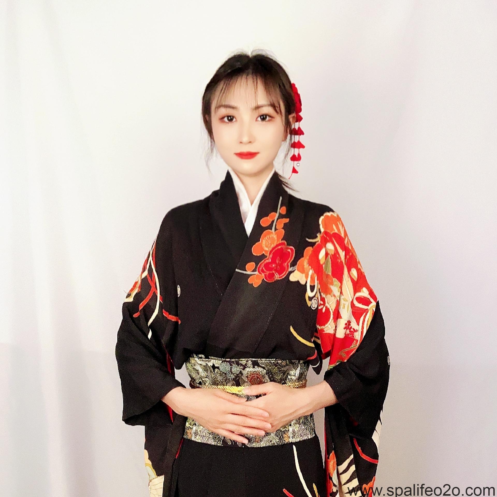 本·千夏(ちなつ)