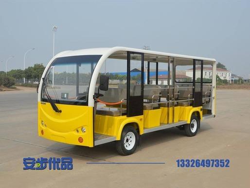 江苏某景区定制的14座电动旅游观光车