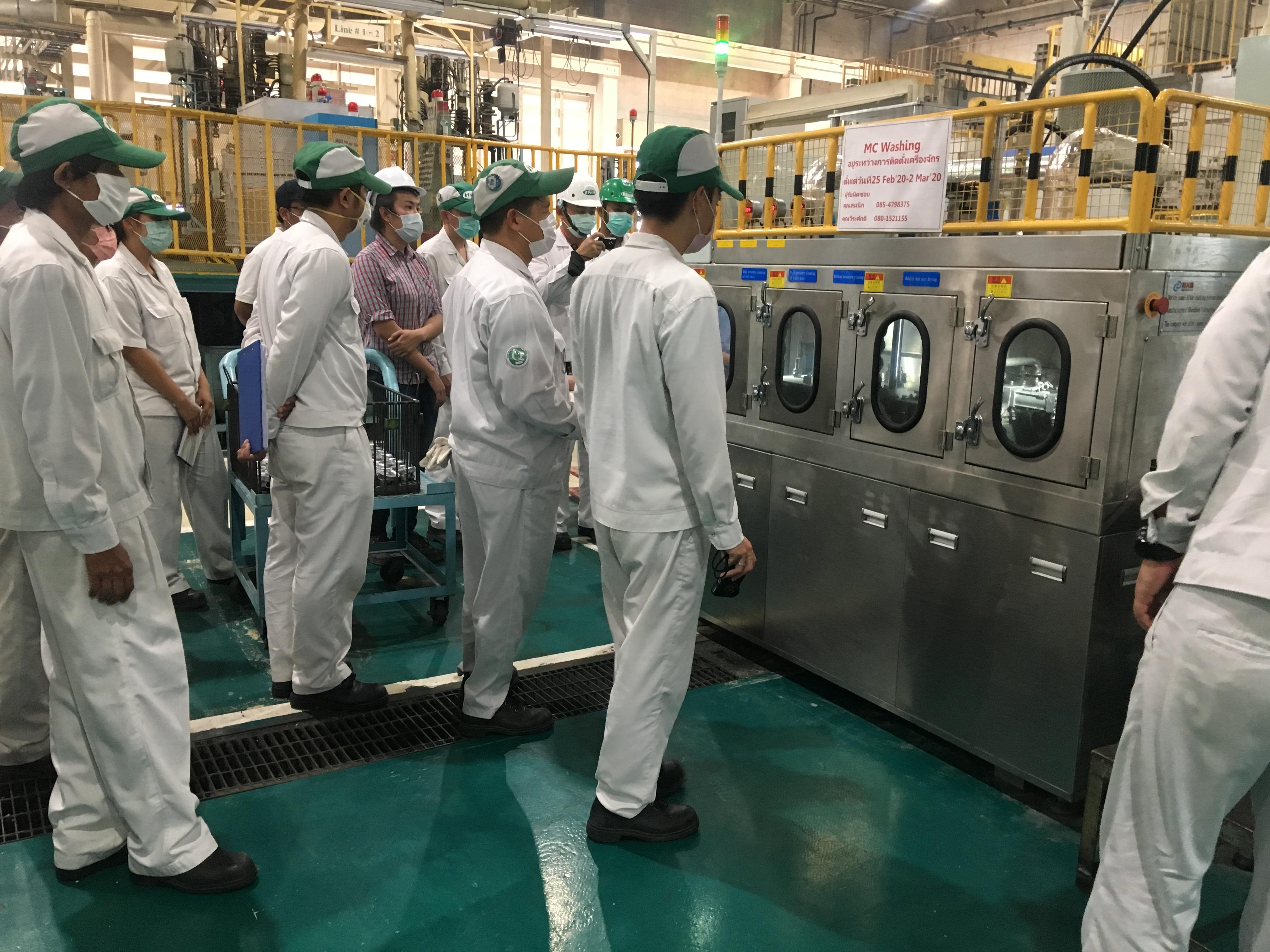 2臺全自動活塞件噴淋清洗機在泰國客戶現場安裝調式完成并順利通過客戶驗收!