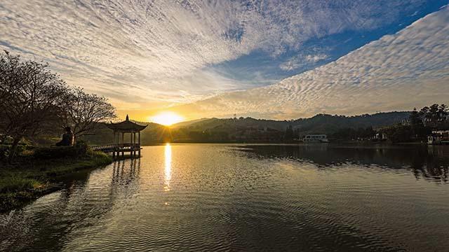 荷花湖 竹意亭日出景观