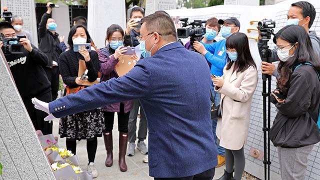 吉康集团副总裁向媒体记者介绍器官捐献进展