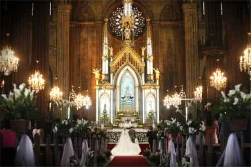 1浪漫神圣的教堂婚礼