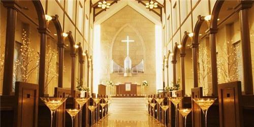 1教堂婚礼已经在西方有着悠久的历史