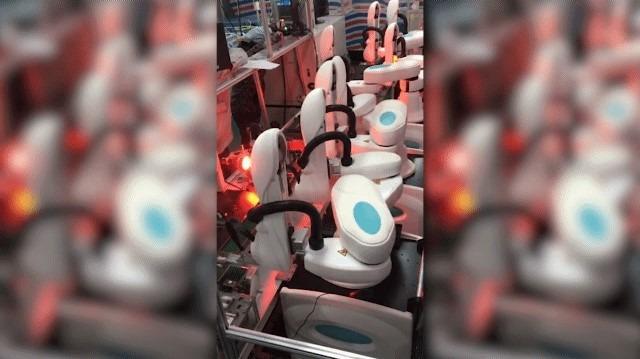 双臂机器人组装流水线系统