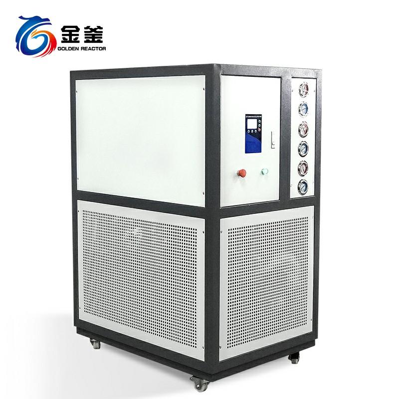 密闭低温冷却装置