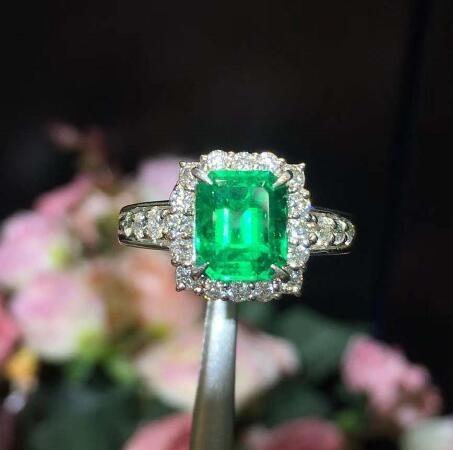 祖母绿戒指 ASR002