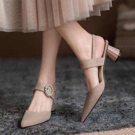 珍珠扣尖头中跟鞋S012
