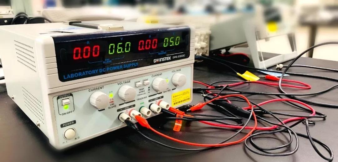 重庆直流电源:为什么在使用直流稳压电源时电流或者电压调不上去