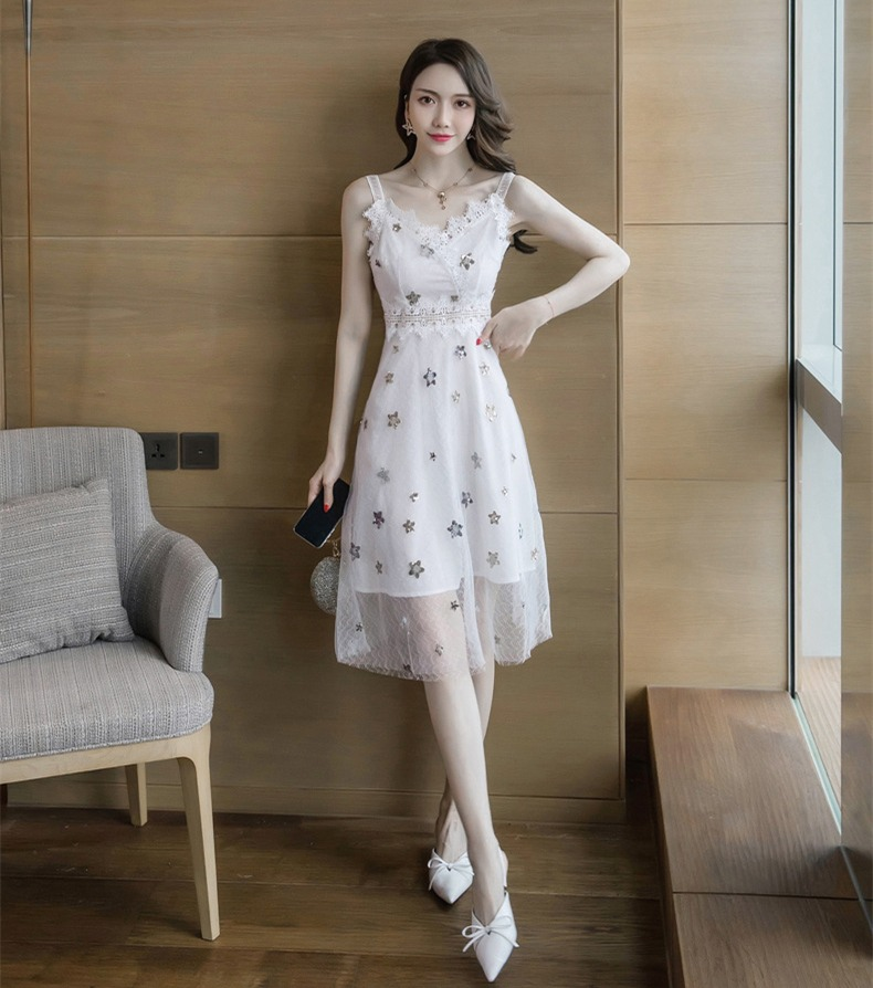 春夏新款女装连衣裙 韩版高腰修身吊带网纱拼接超仙A字荷叶裙
