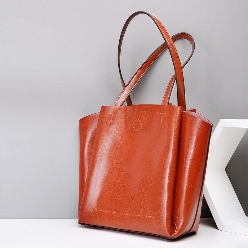 真皮托特女包 欧美时尚真皮托特包 大容量包包 单肩纯色软包