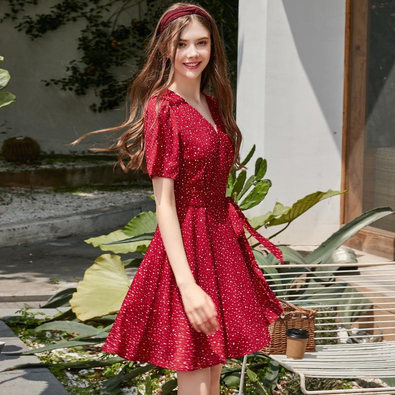 夏季新款 清新文艺森系波点裙女 新款性感V领系带收腰显瘦连衣裙