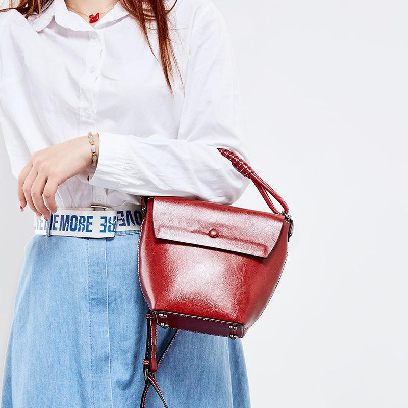 春夏新款 小众设计女包 牛皮水桶包 真皮竖款休闲单肩手提包