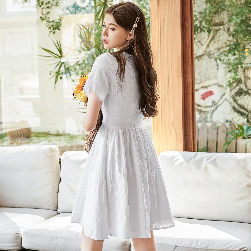 2020夏季新款 超仙森系法式复古连衣裙 V领收腰连衣裙女