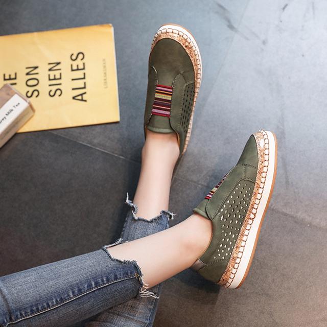 时尚复古镂空大码单鞋女 新款百搭平底套脚鞋 休闲懒人鞋潮
