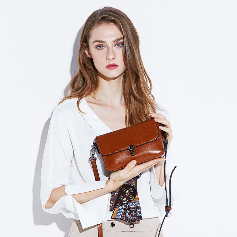 新款 经典时尚小方包女 韩版新款女包 牛皮单肩斜挎包 女士小包包
