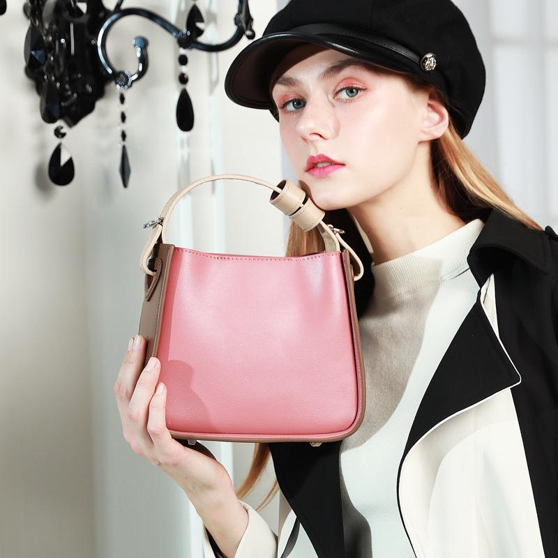 时尚新款 韩版真皮女包 小众水桶包 时尚简约小CK斜挎包ins