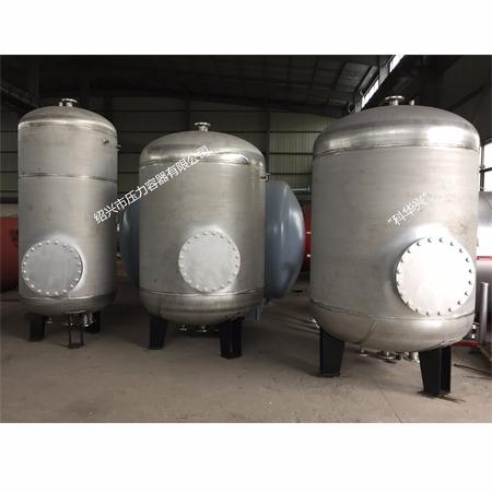 導流浮動盤管換熱器