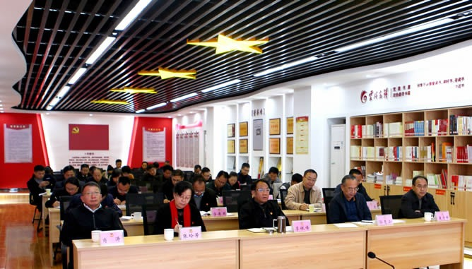 李银峰、郭惠云、张玲芳以普通党员身份参加活动,肖涛、袁清祥列席活动