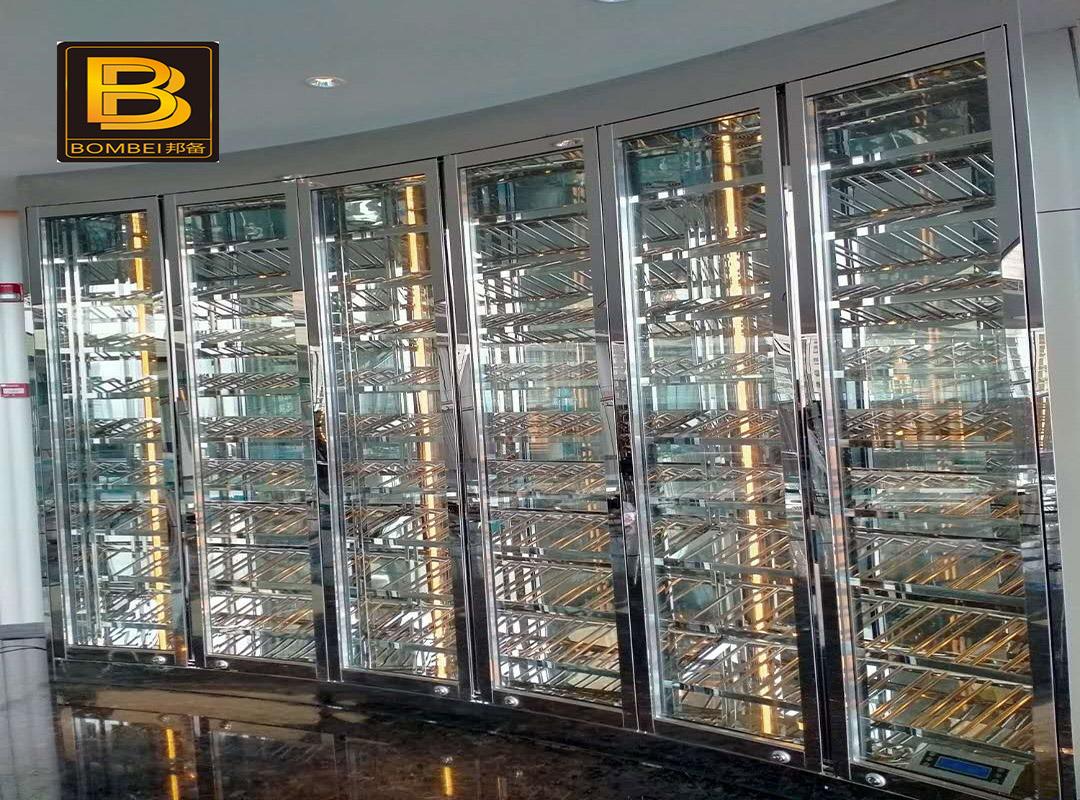 经典异形不锈钢酒柜