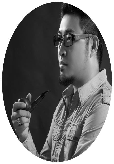 設計總監 John Leung