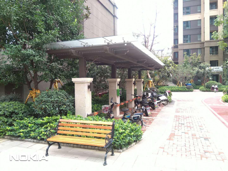 武汉悦江时代芸湾区电瓶车充电站建设完成