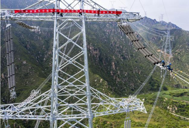绿色电力通道:张北—雄安1000千伏特高压交流输变电工程投运