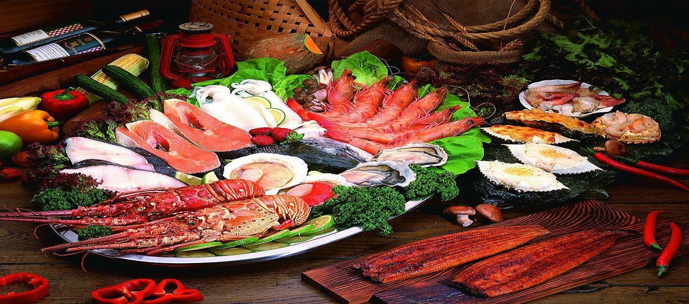 拍婚纱照海鲜大餐