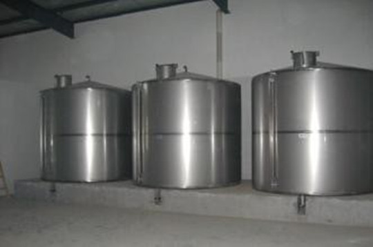 陕西不锈钢罐,使用不锈钢储罐来存储液体有哪些优势?