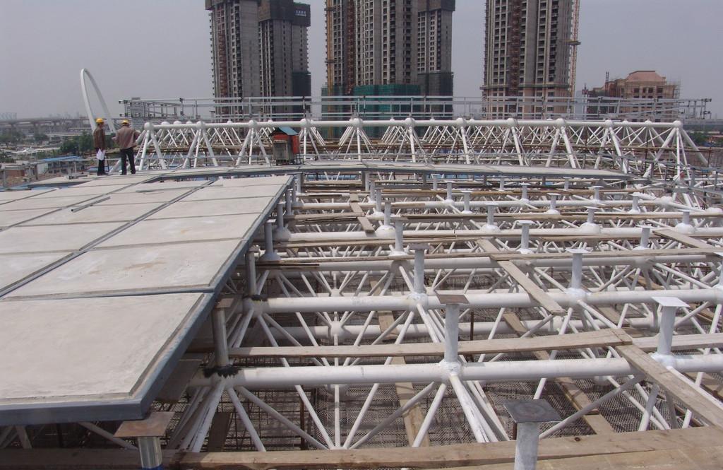 钢丝网架板在环保节能外墙保温工程中的施工工艺