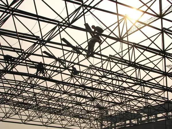 陕西钢结构,钢结构网架的三种施工方法