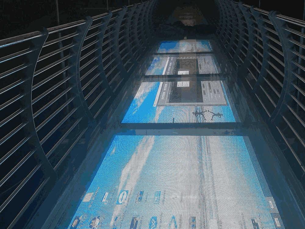 江西仙盖山景区LED透明玻璃栈道项目