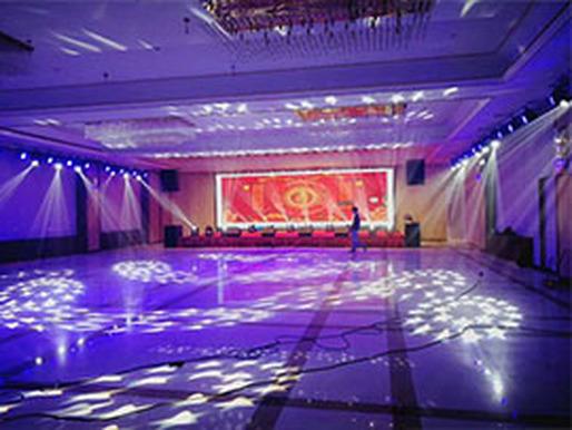 巩义华裕酒店 p2.5 30平方室内全彩LED显示屏案例