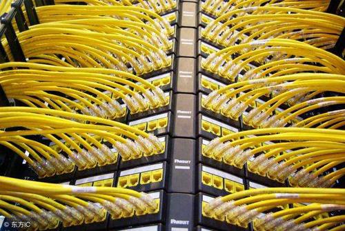 弱电系统就要把进线和出线集中在一个