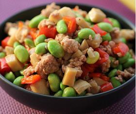 青椒肉末烩豆米