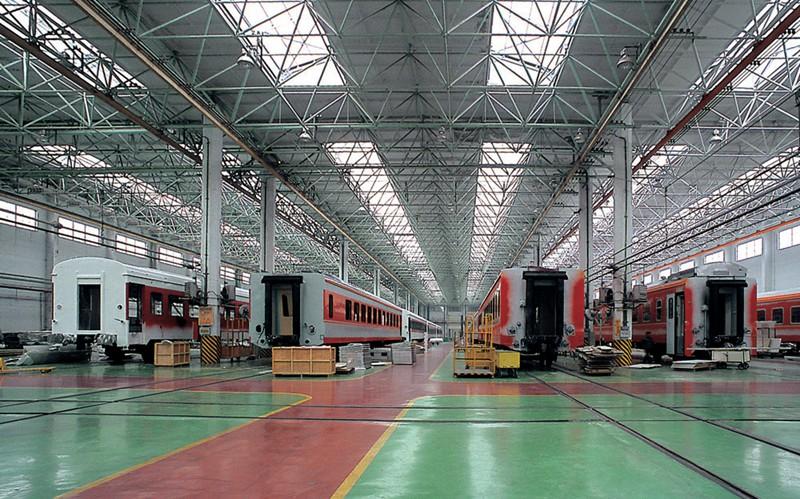 青岛四方机车厂钢结构联合厂房工程