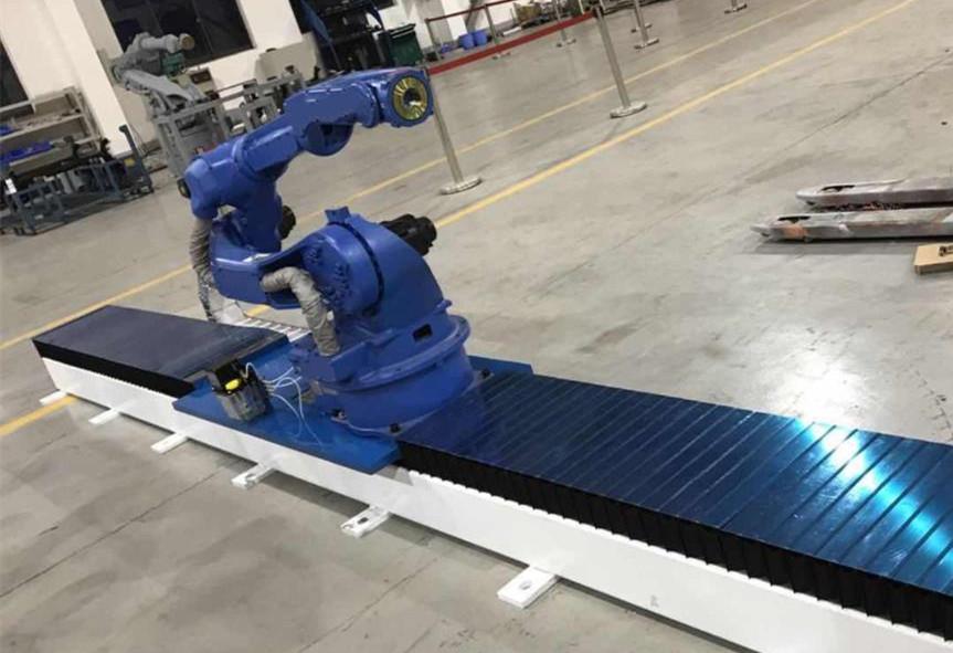 機器人行走軸是如何帶動機器人到不同的工位作業的?