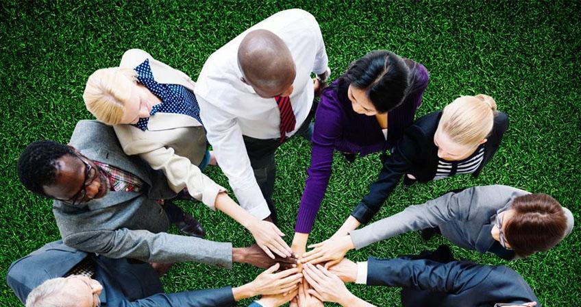 英锐积极举行爬山活动,公司总经理/首席咨询讲师刘玉岩先生组织了这次活动,意在增强员工体制,以便于跟好地投入工作,为团队的建设,项目的成功做下铺垫,成就了英锐强大的基层管理力量。