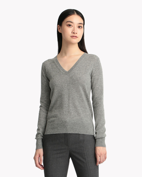 New Basic Cashmere Vneck PO J