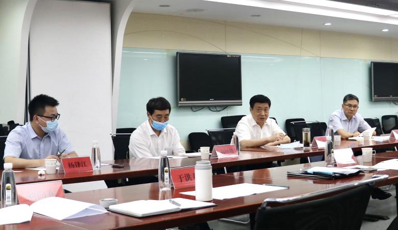 新疆建设兵团党委常委鲁旭平行到访研究院