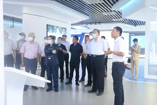 2021年7月5日-7日 研究院在山东东珩调研——院长及各位专家参观厂房