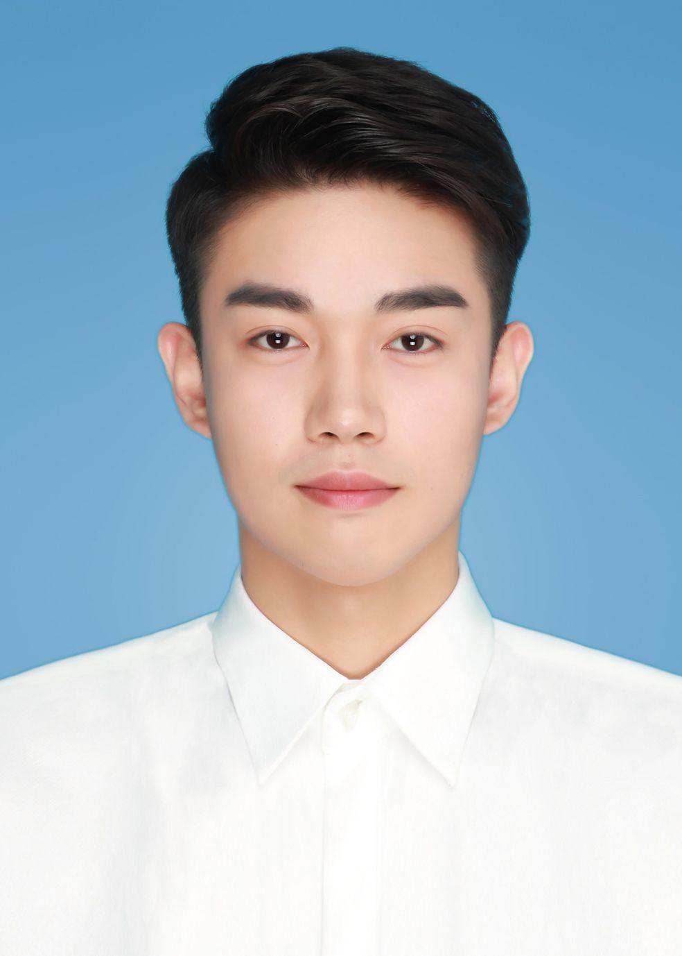 王小明 单科奖学金 总分:272分 奖学金:2000元